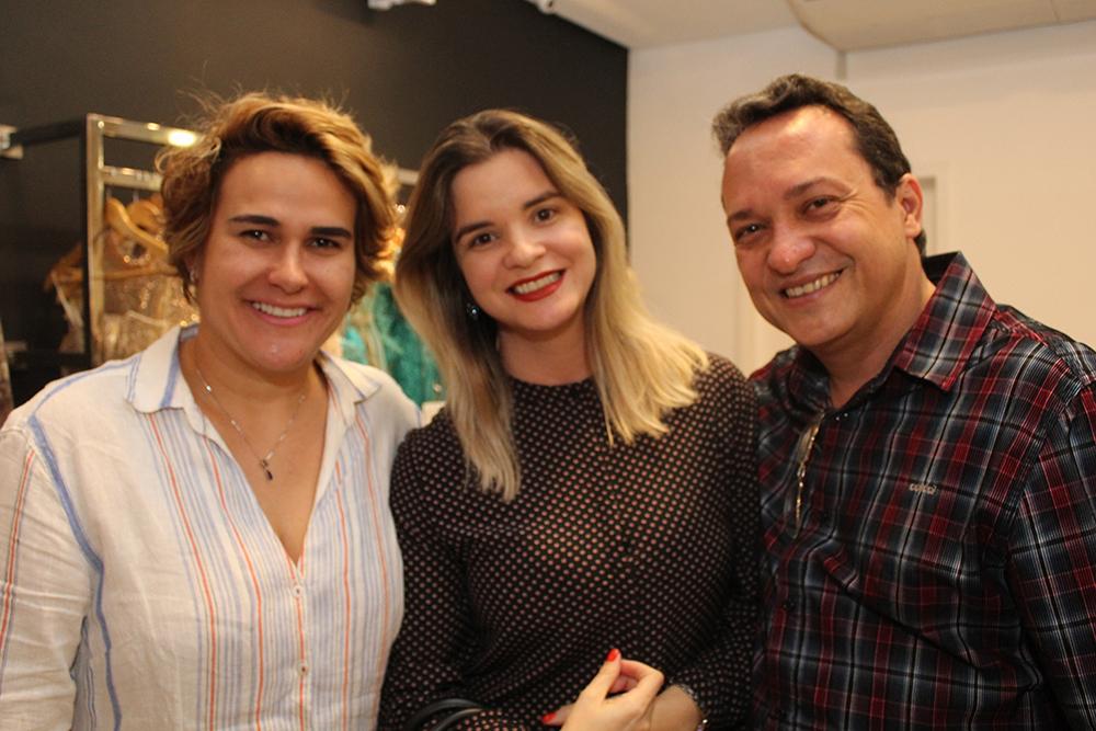 9fd136035 ... Dayse Cintra, Andrea e Jacson Carvalho (Crédito: Juelayne Gondim)