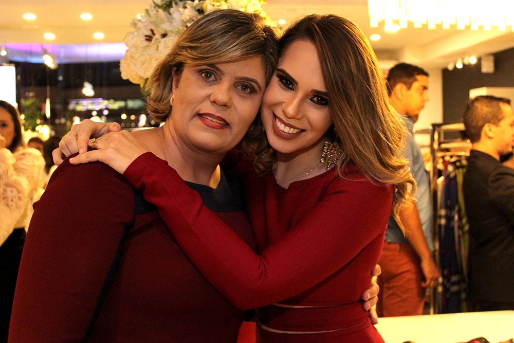 93175aef4 A loja (Crédito: Juelayne Gondim) As empresárias Edna Monteiro e Marcela  Peixoto (Crédito: Juelayne Gondim)